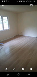 3 bedroom  triplex  available  NOW