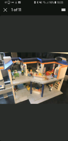 Playmobil hospital building