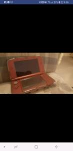 New 3DS rouge en très bonne état!