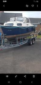 18 foot hardy boat