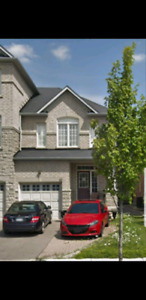 Upper Thornhill Woods townhome to rent