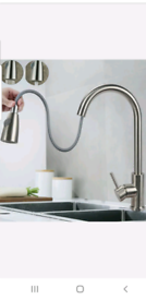 Kitchen sink pull out mixer tap