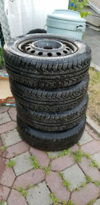 Brand new Set of Pirelli 195/65r15 with rims 5x114.3
