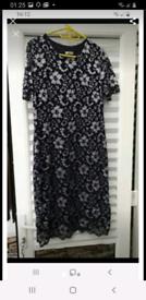 Ladies dress 16