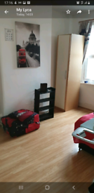 Double room in raynes park sw20 to rent