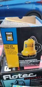 POWER FIST 12V MARINE BILGE PUMP 1750 GPH