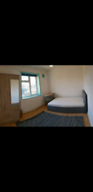 A cozy Double room close by Burnt Oak station