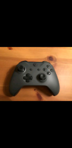 Xbox One S Controller - Wolf Grey