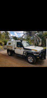 2018 VDJ79 Landcruiser GXL ute Dolphin Heads Mackay City Preview
