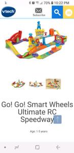 Go Go Smart Wheels Race Track