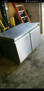STAINLESS STEEL Freezer like new 100% cold working .Save