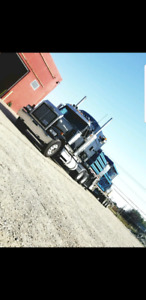 2006 Western Star comes with cat C15 motor