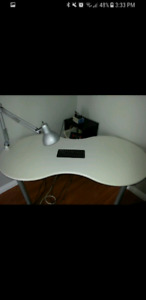 Nail desk with built in kayline vent