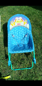 Childs Bouncy chair