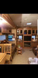 2008 Everest keystone fifth wheel
