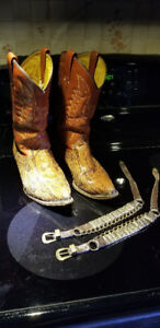 Men's Snake Skin Western Boots, size approx. 8 - 9, small 10