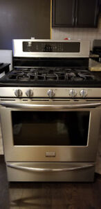 """Frigidaire Gallery 30"""" steel gas range oven stove with 5 burners"""