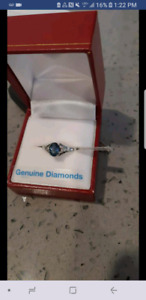 10kt White Gold Ring with Dazzling Blue Saphire