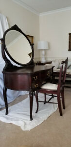 Antique Dressing table and chair set