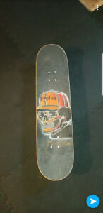 BARELY USED SKATEBOARD SETUP NEED GONE SOON
