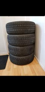 4 pneu hiver toyo gsi-5 grandeur 215-60r16
