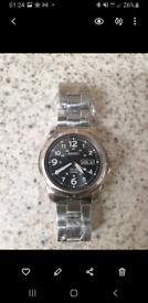 Men seiko solar powered watch (BRAND NEW)
