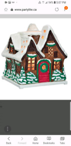 New Partylite Woodland Cottage