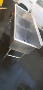 * 6ft stiankess steel  commercial Triple sink !Save  *