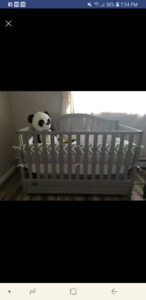 Graco 4 in 1 grey crib with drawer