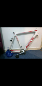 Beone Diablo Full Carbon Fibre Handmade Race Bike Frame with Extras