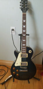 Left Handed Epiphone Les Paul and Amp