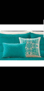 2 pack decorating cushions