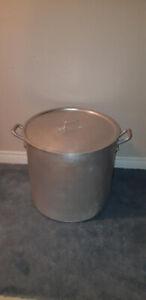 Aluminum Stock Pot W/Lid