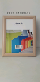 NATURAL WOOD EFFECT PHOTO/PICTURE FRAME