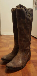 FRYE Melissa Button Tall Distressed Leather Boots SIZE 10
