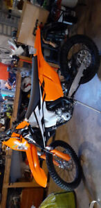 2017 Ktm 350 exc - need gone,  make a reasonable  offer