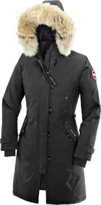 Canada Goose - Women's Kensington Parka - Black Medium