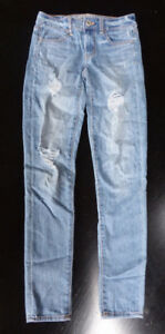 2 x American Eagle Jeans - size 2 Long