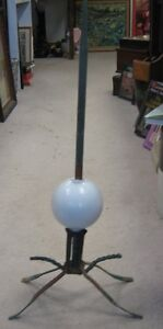 LIGHTNING ROD WITH GLASS BALL