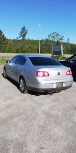 2006 Volkswagen Passat 2.0 Turbo 5 speed PARTS or FOR PARTS