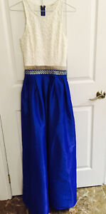 Beautiful size small graduation evening or wedding dress