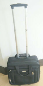 Samsonite Classic Business Wheeled Business Case, excellent