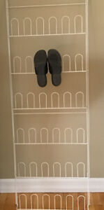 Porte-chaussures mural
