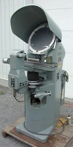 Comparateur optique Jones & Lamson PC 14A optical comparator