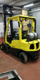 Forklift for sale in good condition.