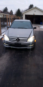 2011 Mercedes Benz C300 4matic | Kijiji in Ontario  - Buy