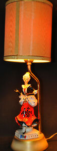 Vintage porcelaine man and lady lamps Kitchener / Waterloo Kitchener Area image 2