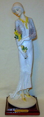 """Vintage Giuseppe Armani """"Lady with Flowers"""" Florence Italy Figurine - Excellent!"""