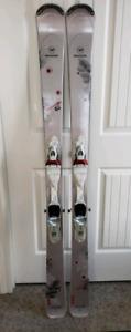 Ski alpin Rossignol et bottes Dalbello pour femmes