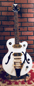 EPIPHONE WILDCAT ROYALE PEARL WHITE LIMITED EDITION -real Bigsby